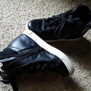 Candie's Sneaker Wedges